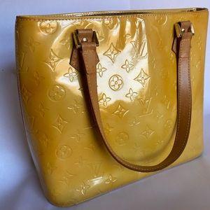 Authentic Louis Vuitton Houston bag in great shape